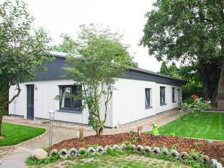 Charmantes 2-Zimmer-Häuschen zum Wohlfühlen mit idyllischem Garten!