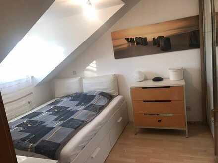 Sehr schöne und helle 2 Zimmer Wohnung