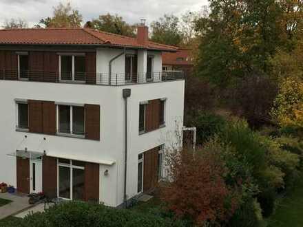 Moderne Doppelhaushälfte - Toplage in Zehlendorf Mitte