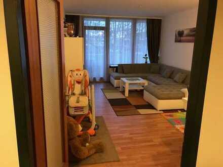 2-Zimmer-Wohnung mit Balkon und Einbauküche in Neuperlach, München