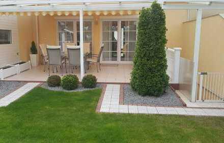 Wunderschöne gepflegte Doppelhaushälfte ( wie Neubau !!! ) mit Kamin