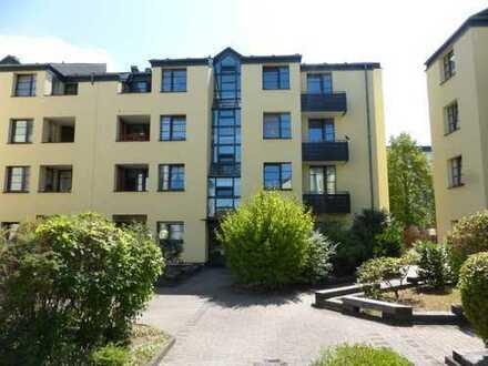 Sehr gut geschnittene 3 Zimmer Wohnung mit 2 Balkonen in Bonn
