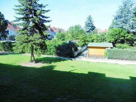 Helle, schöne Wohnung mit Blick ins Grüne