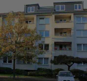 Helle Dachgeschoßwohnung in Düsseldorf Derendorf