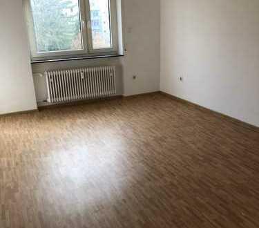 Renorviertes 3,5-Zimmer-Wohnung mit 2 Balkons in Ludwigshafen am Rhein