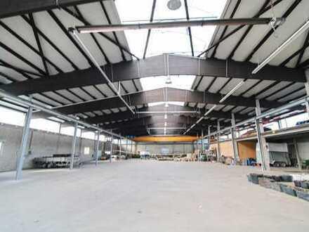 Kernsanierte Lager- und Produktionshalle in etabliertem Gewerbegebiet