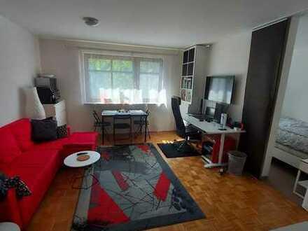 1,5-Zimmer-Wohnung in ruhiger Bestlage Erlangen-Zentrum - vom Privat