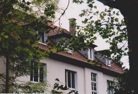 Schöne Dachgeschosswohnung in Beethovenstraße