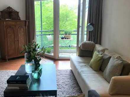 Möblierte & modernisierte 2-Raum-Wohnung mit Balkon und EBK in München-Neuhausen