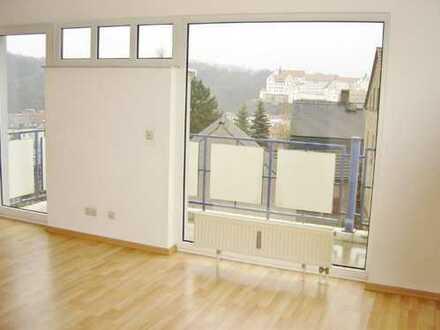 Provisionsfreie 4-Raumwohnung mit Balkon in Randlage von Colditz zu vermieten !!!