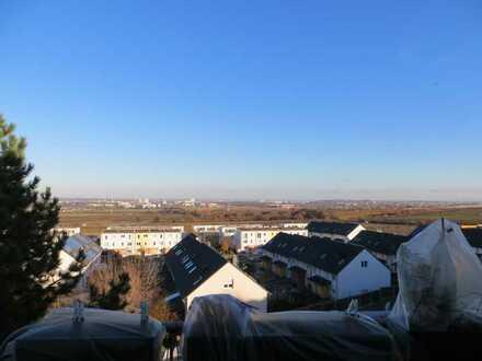 Modernisierte 2-Zimmer-Wohnung mit Balkon und Ausblick in Mainz Finthen