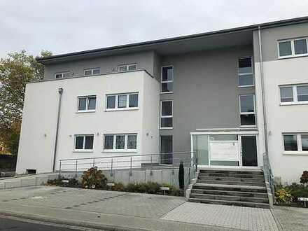 Hochwertige, lichtdurchflutete 3-Zimmer-Wohnung in zentraler Lage