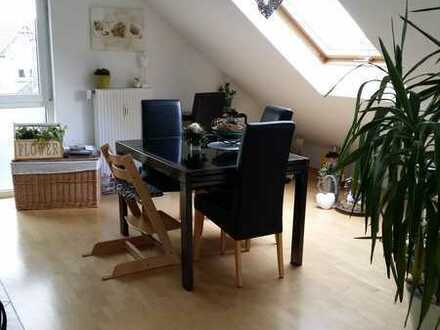 Von Privat Stilvolle, gepflegte 3-Zimmer-Maisonette-Wohnung mit Balkon und Einbauküche in Sandhausen