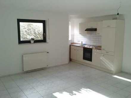 Gepflegte 1-Zimmer-Wohnung mit EBK in Aschaffenburg/Nilkheim