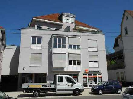 Stilvolle, neuwertige 2-Zimmer-Wohnung mit Einbauküche in Mettingen Esslingen am Neckar