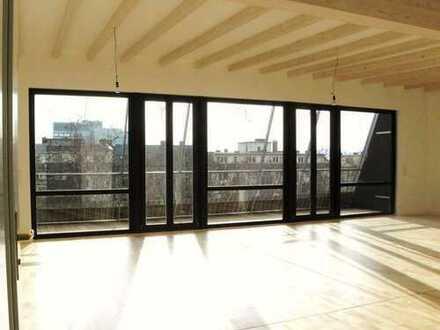 Lichtdurchflutete, geräumige Penthouse-Wohnung mit 3 Balkonen und EBK in Mainz