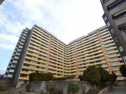 Vollständig renovierte 3-Zimmer-Wohnung mit Balkon und Einbauküche in Heidelberg- Emmertsgrund