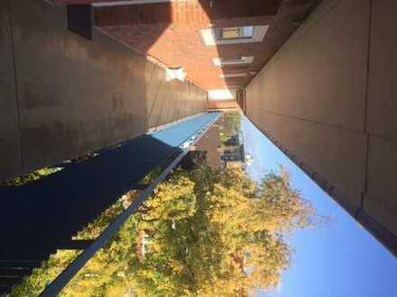 Renovierte 1-Zimmer-Wohnung mit Balkon, Vollbad und EBK in Kiel