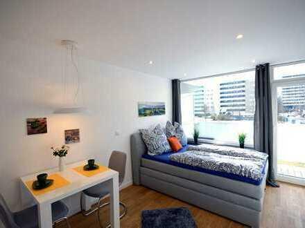 NEU! Erstbezug nach Sanierung - Möbliertes Single Apartment Parkstadt Solln!