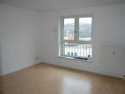 Helle 2-Zimmer-Wohnung mit TG-Stellplatz und Aufzug!