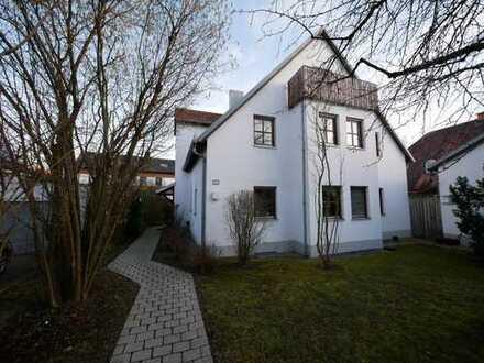 Renovierte Maisonettewohnung mit Garten - TOP Bädern und Kachelofen sowie zwei Balkonen
