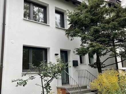 Erstbezug nach Komplettsanierung: Modernes RMH mit 5 Zimmern in ruhiger Lage in Nürnberg, Mögeldorf