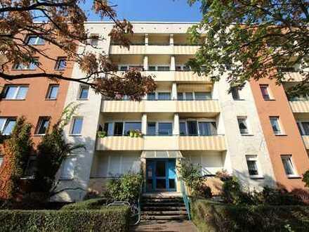 Faktor 27, Gepflegte 3-Zimmer-Wohnung mit Balkon und Einbauküche in Kaulsdorf, Berlin
