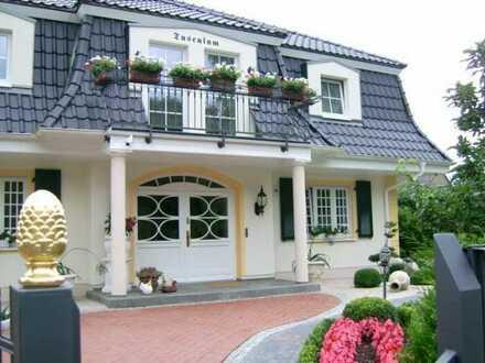 Provisionsfrei: Schönes, geräumiges Haus mit fünf Zimmern in Havelland (Kreis), Falkensee. Seeblick