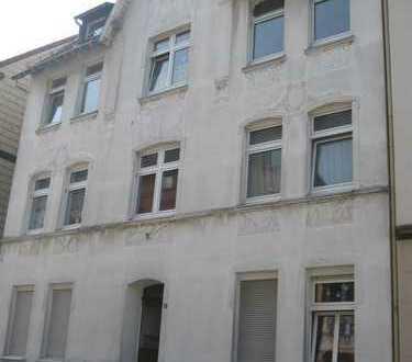 INNENSTADTNÄHE, 1.OG, ca. 75 m², 3 Zi., KDB, Abstellraum, Gemeinschaftsgarten