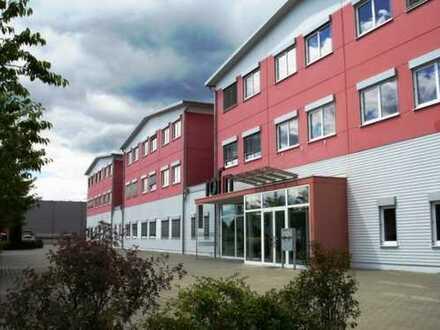 Profisionsfrei Gewerbeimobilie, Büro, Konstruktion ,Produktion mit Lagerflächen und Reinräumen