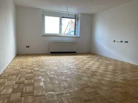 Renovierte moderne 1 Zi-EG Wohnung mit Einbauküche in Althütte
