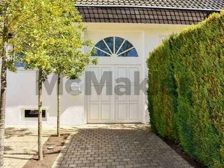 Gehoben wohnen - Kauf refinanzieren: Edles EFH mit vermieteter ELW, Sauna u. Garage in grüner Lage