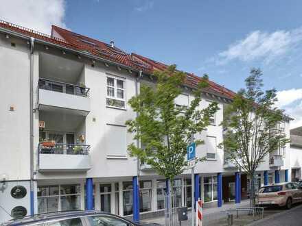 Tobias Grünert Immobilien # barrierefreie Zwei-Zimmer Dachgeschosswohnung # Aufzug # Loggia