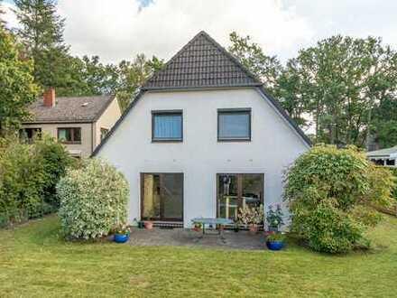 ***Bremen-Borgfeld, Freist. Einfamilienhaus in bevorzugter Lage mit traumhaftem Garten.