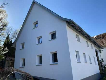 Einfamilienhaus ca. 240 qm Wohnfläche, Garten, Garage
