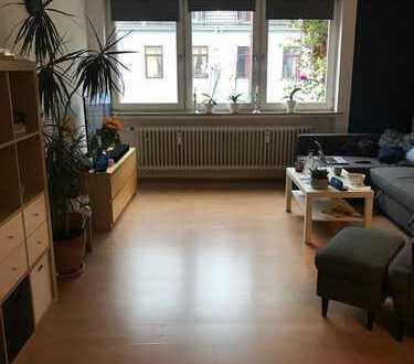 Schöne, geräumige zwei Zimmer Wohnung in Bremen, Hastedt
