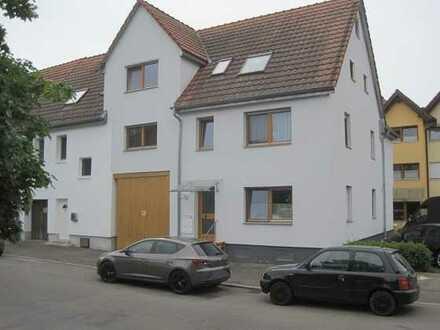 Lauffen - 3-Zimmerwohnung im Dachgeschoss mit Balkon