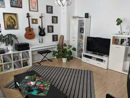 Super 2 Zimmer Wohnung mit Balkon in der Innenstadt