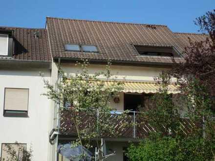 Urbach, schöne 2 Zi.WHg, 60qm, Dachterrasse, Stellplatz, Bj 1992