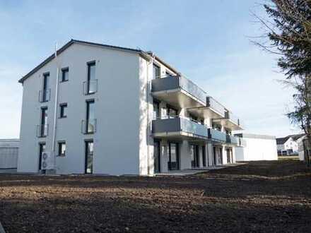 NEUES WOHNEN BEIM HALLENBAD! 3-Zi.-EG-Wohnung mit SüdWest-Terrasse und Garten in Weingarten