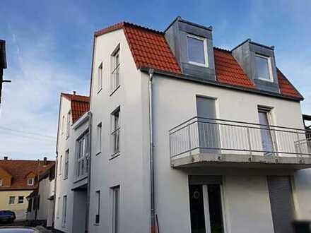 **modernes, neugebautes Einfamilienhaus/Wohnung mit Garten! Perfekt für die Familie**
