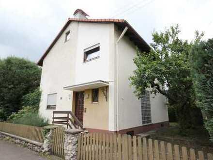 ! Gepflegtes Einfamilienhaus in begehrter Wohnlage in Burlafingen !