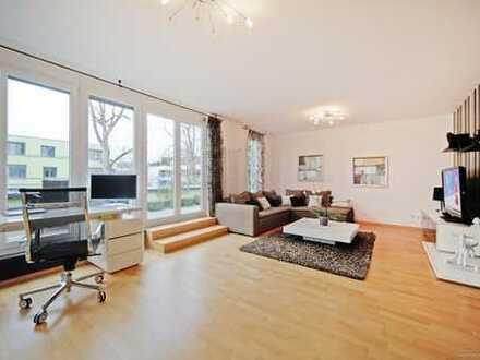 Moderne, großzügige 3-Zimmer-Wohnung mit großem Süd-Balkon und offener Küche! Ruhig in Perlach