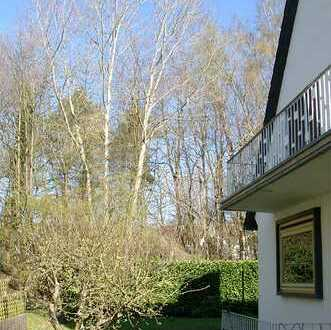 POCHERT IMMOBILIEN - Großes Wohnhaus mit sehr schönem Garten in bevorzugter Lage / KL-Lämmchesberg