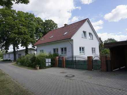 Wohnen im Grünen: großzügige 3-Zimmer-Wohnung mit Einbauküche und Fußbodenheizung in Wackerow