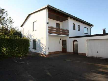 Modernisiertes 8-Zimmer-Einfamilienhaus mit EBK in Amberg, Amberg