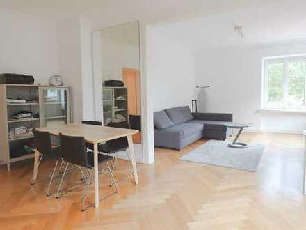 Möblierte 2,5 Zimmer-Wohnung im Herzen von Golzheim!