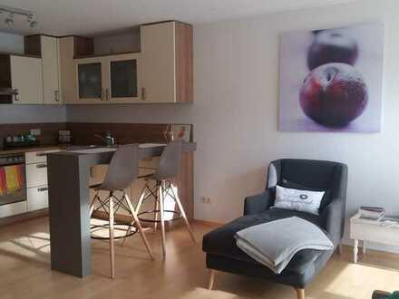 Modernisierte 2-Zimmer-Wohnung mit Balkon und EBK in Spiegelberg