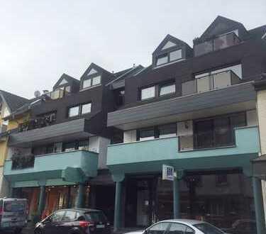 Gemütliche 3- Zimmerwohnung mit Balkon und XXL-Terrasse in Mehlem