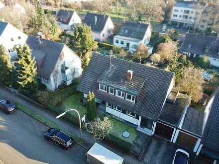 Zentrales Grundstück mit viel Grün für Ein-, Mehrfamilien- oder Doppelhaus
